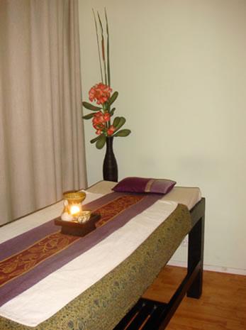 mintra thai massage adoos eskorter