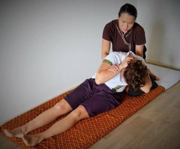 erotische massage alkmaar heerlijke borsten
