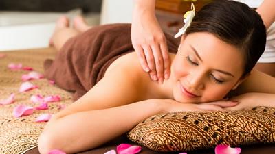 Thai massage ålborg sex club kbh